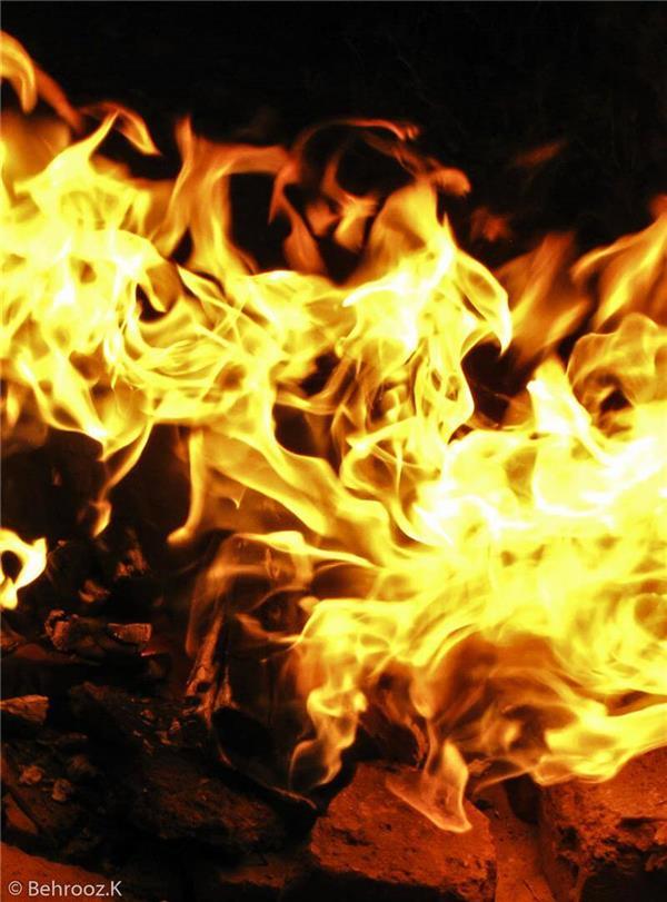 هنر عکاسی دود و آتش Behrooz شکل گیری یک ققنوس توسط شعله های آتش
