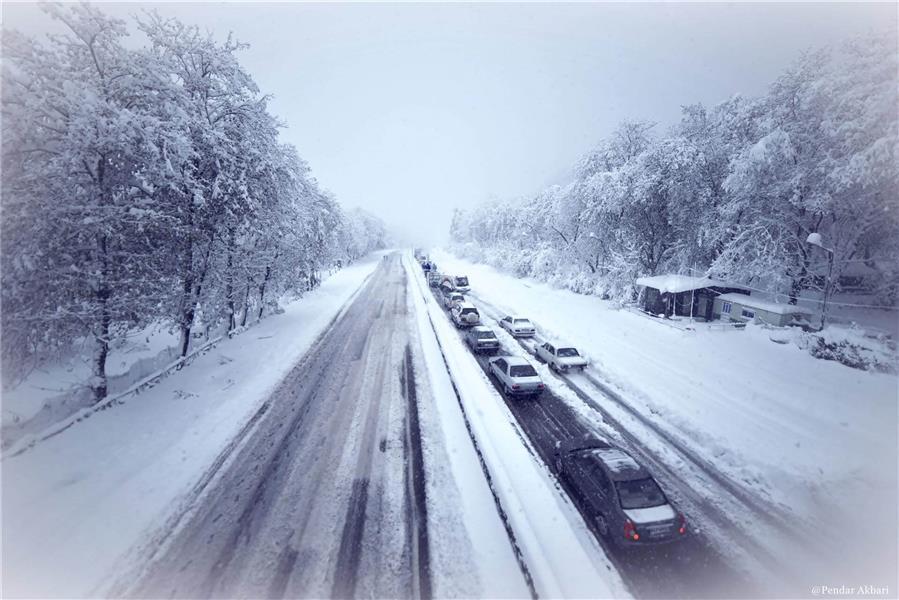 هنر عکاسی برف Pendar Akbari دیگه رویایی ندارم بدون تو زشت و سردم...