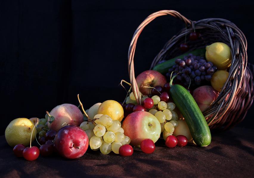 هنر عکاسی محفل عکاسی عباس رحمانی میوه چاپ شده بر روی تخته شاسی #میوه#تبلیغاتی #تابلو #فروشی #خوشمزه#آب_میوه