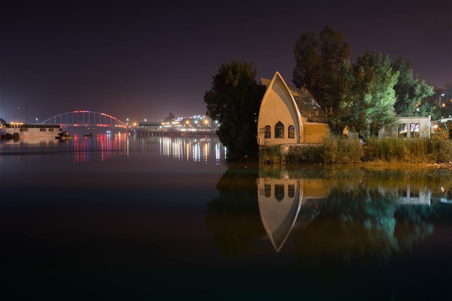 هنر عکاسی محفل عکاسی fares moghadam ایران-خوزستان-خرمشهر - رود کارون این بنا در این شهر به سیدنی معروف شده