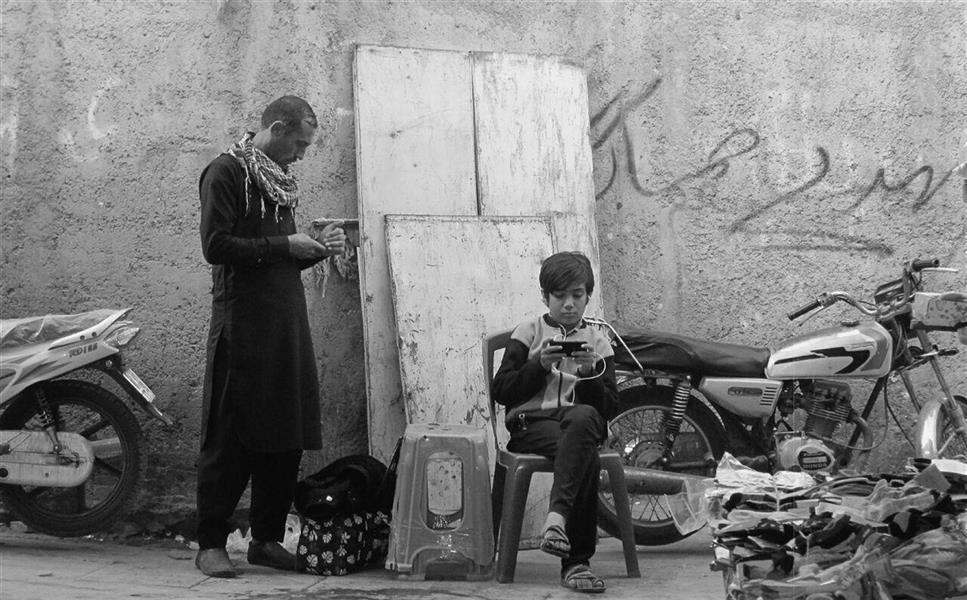 هنر عکاسی محفل عکاسی azita hajinezhad  مستند_خیابانی_ابعاد مستطیل_بازار بندرعباس