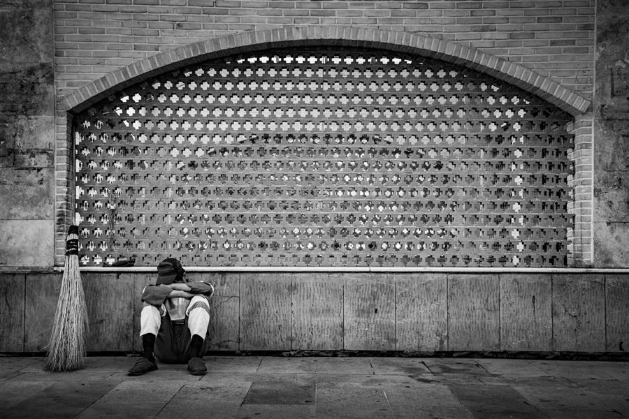 هنر عکاسی محفل عکاسی Tyrana palizban #مستند#عکاسى خیابانى#تنهایى