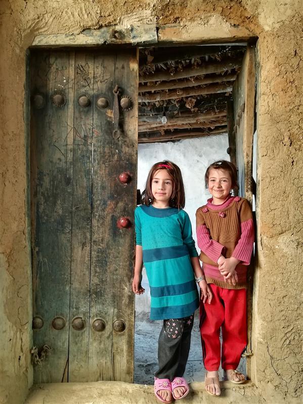 هنر عکاسی محفل عکاسی مسعودبیات #کودک #پرتره #روستا #سنتی ابعاد 40 در 60