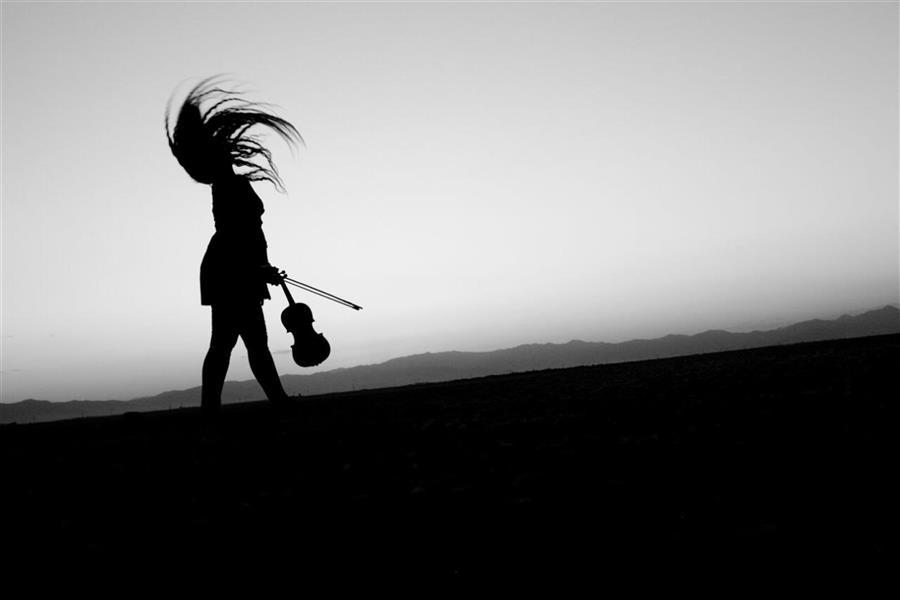 هنر عکاسی محفل عکاسی ایمان محمودی اکثر عکس های بنده بصورت سیلوئیت و با کنتراست بالاست .