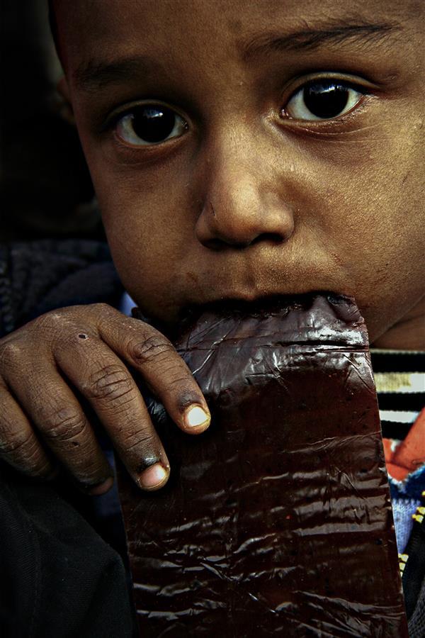 هنر عکاسی محفل عکاسی محمد جواد شادکام طعم ترش لحظه های سخت ----  #پرتره #چهره #کودکان_کار