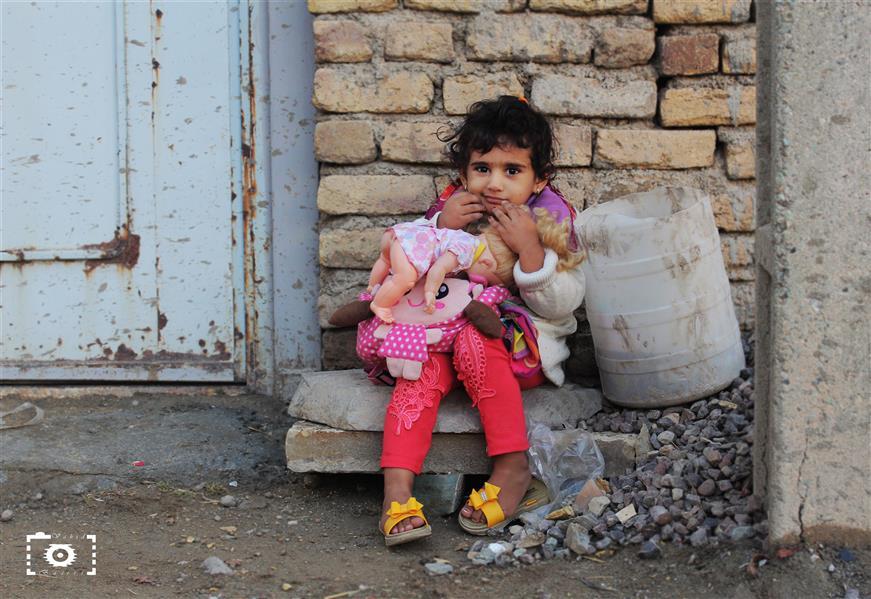 هنر عکاسی محفل عکاسی Vahid-bS #کودک#روستا#عروسک