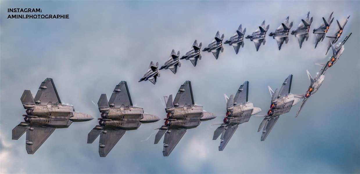 هنر عکاسی محفل عکاسی Mohammad amini مسیر مانورد پرواز جنگنده F22، عکاسی شده در نمایشگاه هوایی Air tattoo انگلستان سال ۲۰۱۶  فایلهای پروژه موجود می باشد.  دوربین عکاسی مورد استفاده قرار گرفته nikon d5500  سایز قابل چاپ عکس ۸۰ در ۴۰ سانتی متر. در صورت تمایل فایل با توافق در اختیار قرار می گیرد.