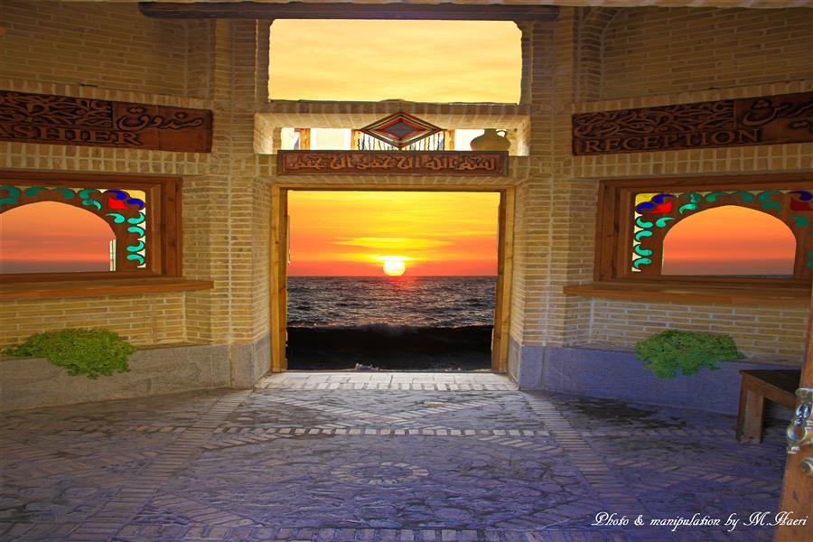 هنر عکاسی محفل عکاسی Mhaeri Sunrise from the window  Manipulation  Image 1 Traditional desert architecture. Isfahan Iran 2012 Image 2 Sun rise & sea. Sydney Au, 2013 Combination of central cities of Iran architecture and sea. They never could come together.