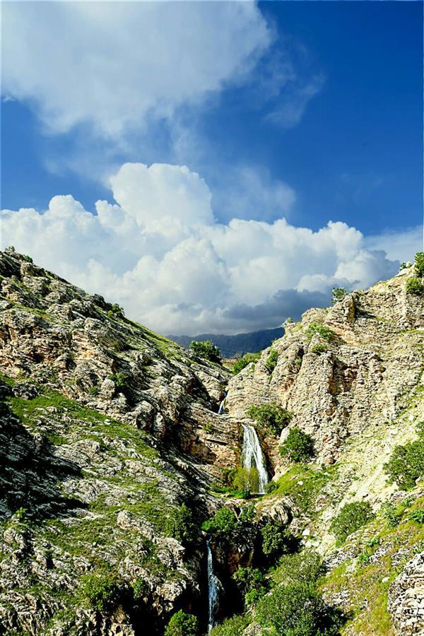 هنر عکاسی محفل عکاسی عادل عبدالهی آبشاری از آسمان