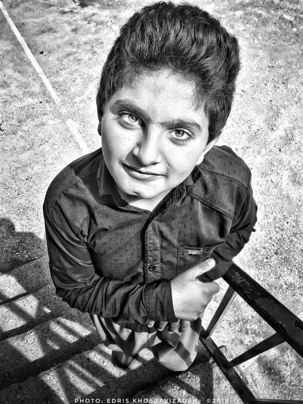 هنر عکاسی محفل عکاسی Edris Khosravizadeh پرتره کودک روستایی ۱