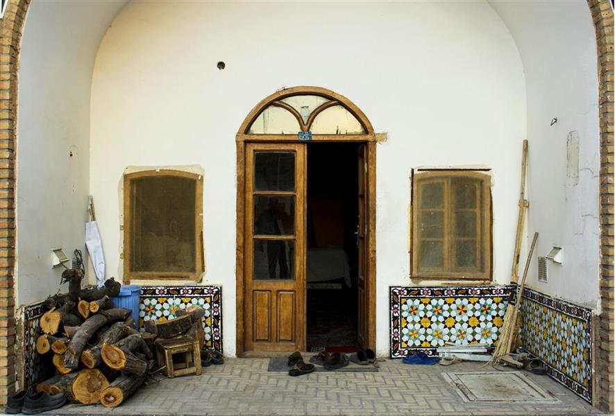 هنر عکاسی محفل عکاسی فاطمه فصیحی #خانه_قدیمی #جارو #کاشی_کاری