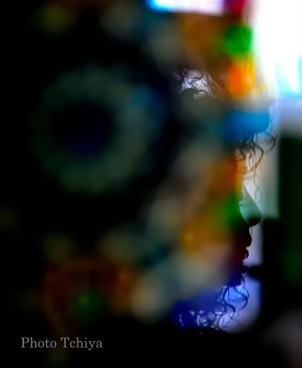 هنر عکاسی محفل عکاسی Tchiya به خالقی چون خدایی شک دارم گر زن نباشد ،به خالق پاییز ،به دوران رنگ و نوری که تمام هستی را دربر می گیرد!