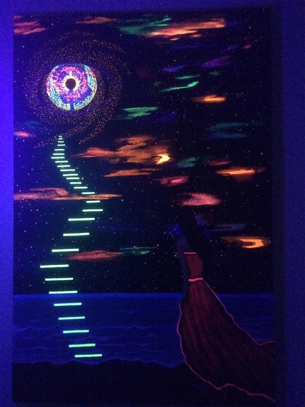 هنر نقاشی و گرافیک محفل نقاشی و گرافیک سمیه مزینانی تابلو نقاشی ترکیب رنگ اکرلیک و فلورسنت زیر نور بلک لایت#ذهنی و تخیلی#ابعاد 90*60