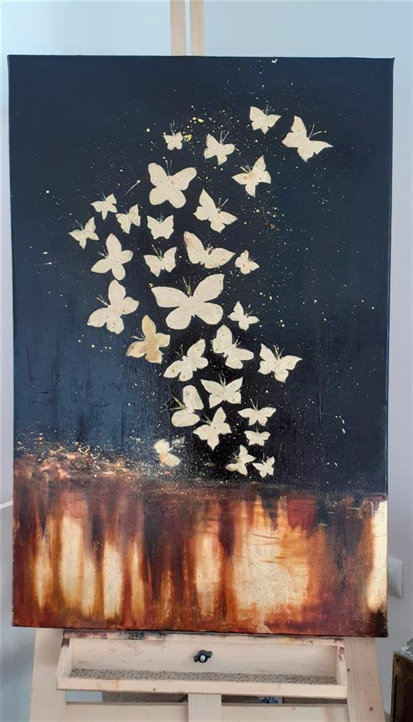 هنر نقاشی و گرافیک محفل نقاشی و گرافیک Mahdieh تابلو سبک مدرن طرح پروانه های رویایی متریال: رنگ روغن، اکرلیک، ورقه طلا، ورقه نقره ابعاد: ۸۰ در ۶۰  (دیگر سفارشات با این طرح ها پذیرفته میشود.) #ورقه_طلا #مدرن #رنگ_روغن