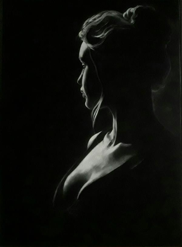 هنر نقاشی و گرافیک محفل نقاشی و گرافیک نازگل جی اثر#دختر# گچپاستل،کنته،پودر گچ سفید روی زمینه مخمل در ابعاد70*50