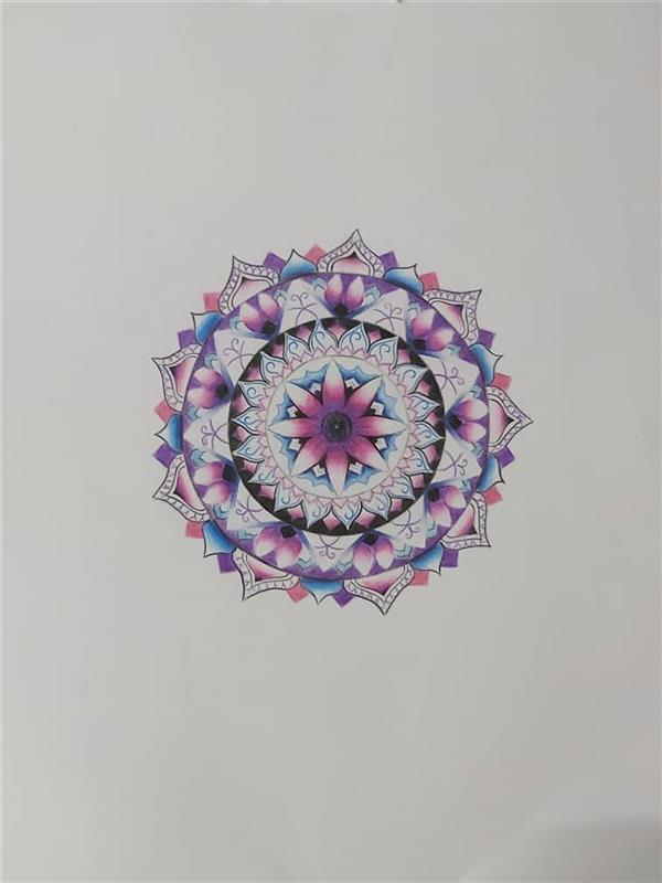 هنر نقاشی و گرافیک محفل نقاشی و گرافیک Negar-paris طرح #ماندالا تکنیک #مدادرنگی ابعاد 28*36