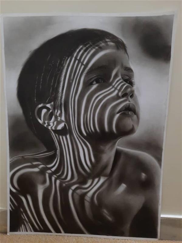 هنر نقاشی و گرافیک محفل نقاشی و گرافیک الهه نام : پسر متریال:مقوا #سیاه قلم #پرتره #فتورئال