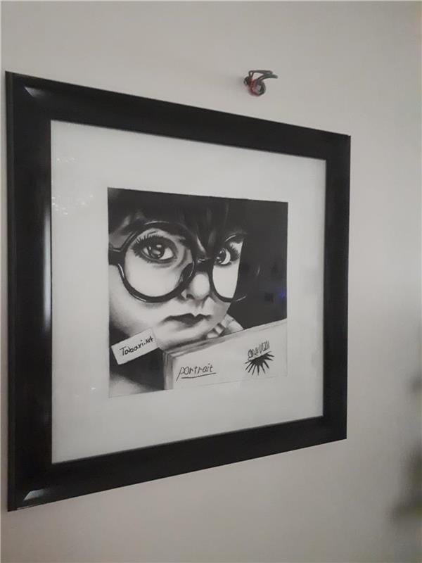 هنر نقاشی و گرافیک محفل نقاشی و گرافیک فاطمه طبری نیاک نقاشی پرتره با پاستل گچی مشکی