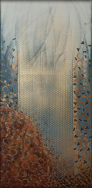 هنر خوشنویسی محفل خوشنویسی مرتضی علیپور کوثری تابلو نقاشیخط متریال:بوم تکنیک :ترکیب مواد (برجسته) ابعاد 40×80 #هنر هدایت درون است بر روشنایی و آرامش تربیت دستان است به آفرینش زیبایی و تعلیم چشمان به دیدن انچه نادیدنی است یکی از تکنیک های جالب  که آثاری را از یکدیگر متمایز میسازد برجسته سازی است که بخشی از ذهن خلاقانه هنرمند میباشد  یکی دیگر از خلاقیت های این تابلو استفاده از فونت جدید و به روز بودن آن است که  کلمه زیبای عشق بر روی تابلو با قلم نوشته شده است این اثر متناسب برای تمامی فضاها و برای کسانی است که به دنبال روحیه ای لطیف و آرام هستند...