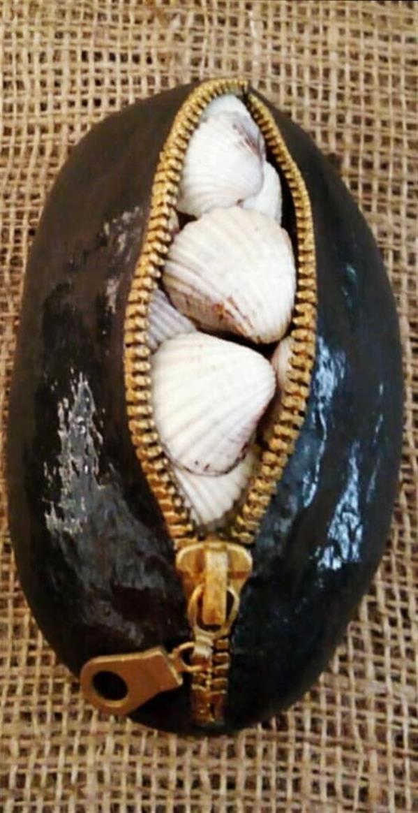 هنر سایر محفل سایر هنر ها هنرهلیا(helias_art) در اعماق دریا/هلیا دشت آرای#helias_art/متریال:سنگ،زیپ فلزی،پاپیه ماشه،صدف