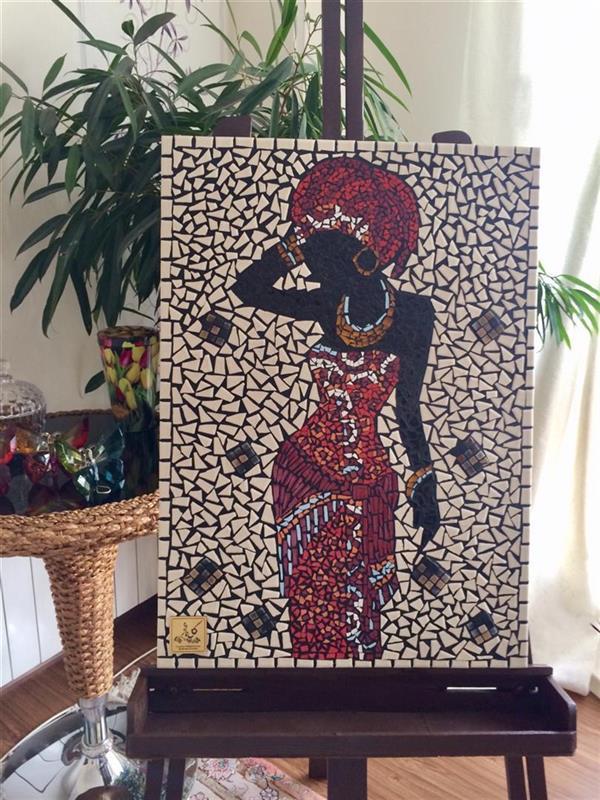هنر سایر محفل سایر هنر ها گلناز امیرکیانی تابلو معرق کاشی در ابعاد ٧٠*٥٠ طرح زن آفریقایی