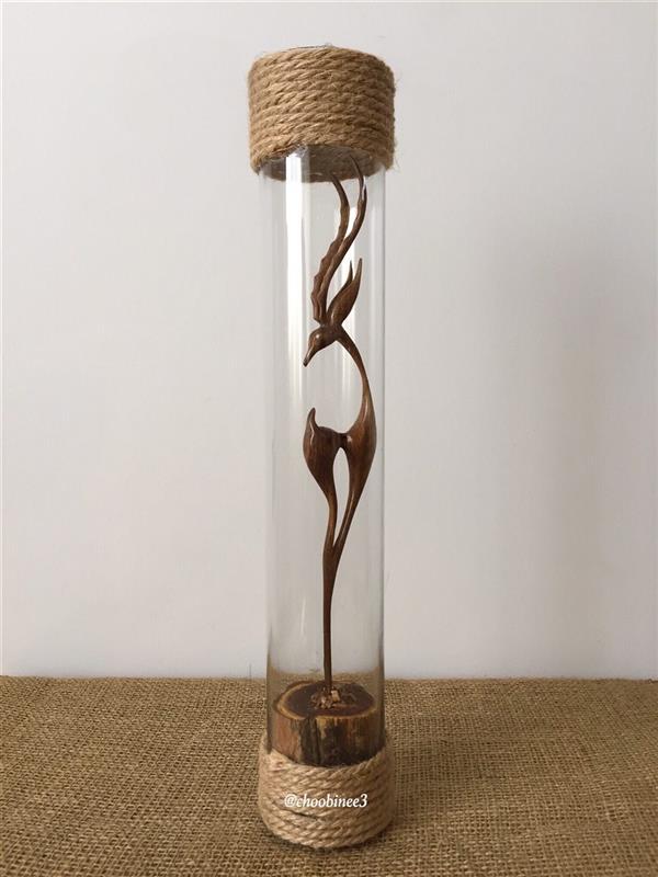 هنر سایر محفل سایر هنر ها رضا موسی خانی غزال تک پا با چوب گردو. ارتفاع اثر : ٤٠ سانتیمتر