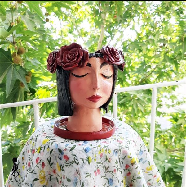 هنر سایر محفل سایر هنر ها فائزه آسایش ساخت گلدانهای خاص از جنس سفال طراحی بر اساس شخصیت و ایده های هر فرد #سفالگری #گلدان #سرامیک