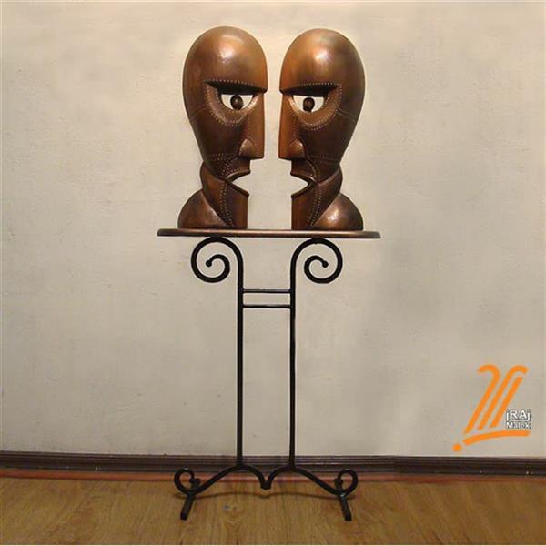 هنر سایر محفل سایر هنر ها ایرج ملکی #ناقوس_جدایی . #حجم_چوبی . #مجسمه .   ارتفاع اثر : ۵۵ سانتیمتر