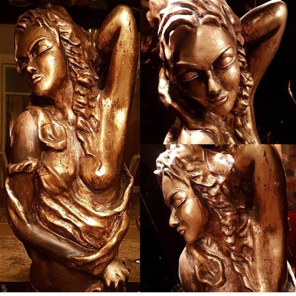 هنر سایر محفل سایر هنر ها پریسا شاکری حجم#مجسمه#تندیس#گچ.رنگ برنز ارتفاع ۱۲۰