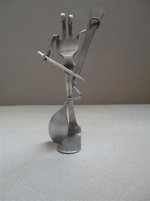 هنر سایر محفل سایر هنر ها سحر داسدار مجسمه فلزی ، نوازنده