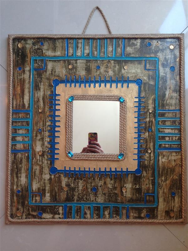 هنر سایر محفل سایر هنر ها سارا طاعتیان قاب آینه، نقش برجسته، تکنیک بافت یا تکسچر، ابعاد: ٥٥*٦٠