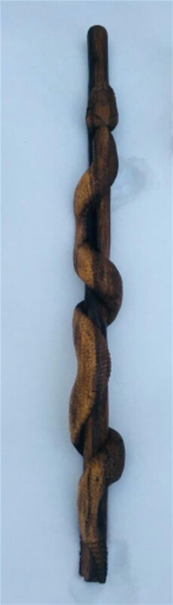 هنر سایر محفل سایر هنر ها محمد امام داد #چوب گردو#پیکرتراشی عصا نقش مار زنگی.ارتفاع 102cm