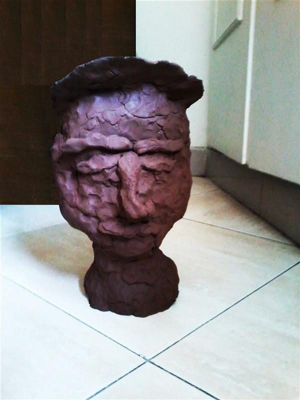 هنر سایر محفل سایر هنر ها delaram ardalan عنوان مجسمه : مرد ترک خورده روزگار، دلارا اردلان