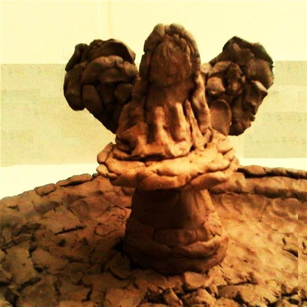 هنر سایر محفل سایر هنر ها delaram ardalan مجسمه گلی، عنوان : مقدس، نقاش و مجسمه ساز : دلارا اردلان
