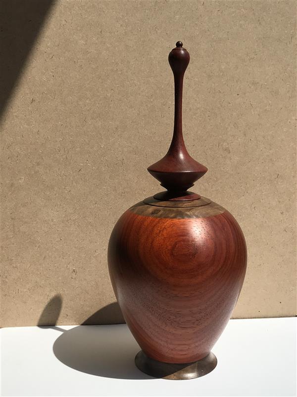هنر سایر محفل سایر هنر ها سحرناز هوشیوار تلفیق چوب پادوک و ریشه گردوی سیاه