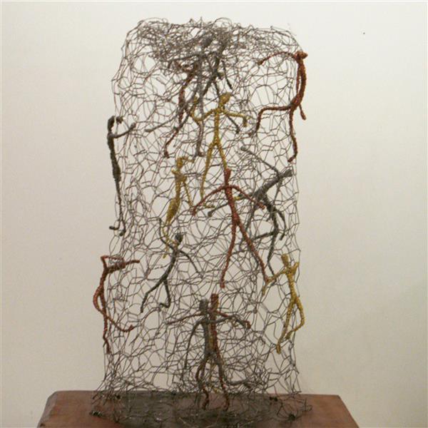 هنر سایر محفل سایر هنر ها سحر مهدوی متریال سیم ،ابعاد۱۵×۲۵ اسم : اسارت