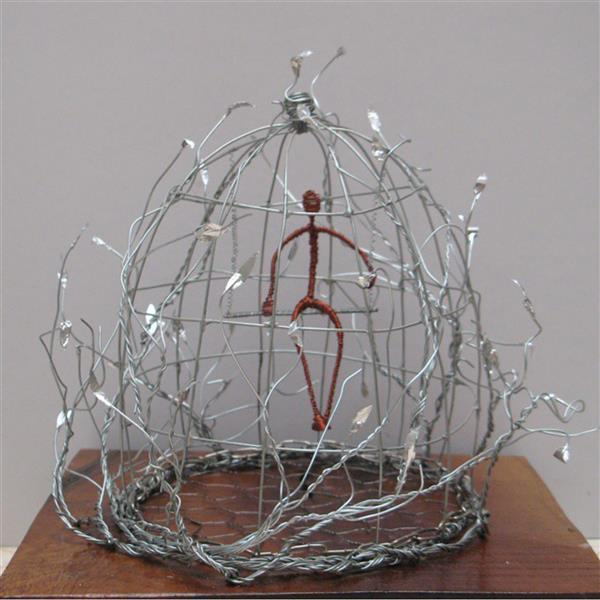 هنر سایر محفل سایر هنر ها سحر مهدوی متریال سیم ،ابعاد۲۰×۲۴ اسارت