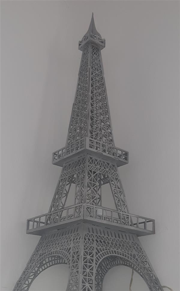 هنر سایر محفل سایر هنر ها رضا دهقانزاده  #معرق #برج ایفل رنگ شده