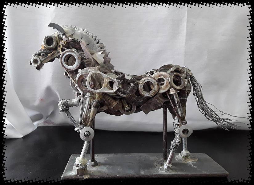 هنر سایر محفل سایر هنر ها Manuchehrmehri #منوچهر مهری  #مجسمه مجسمه اسب با مواد بازیافت فلزی