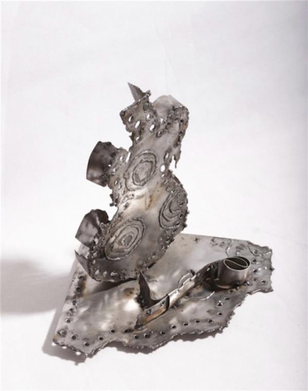 هنر سایر محفل سایر هنر ها شهناز اسکندری از مجموعه گیتارها # هنر بازیافت فلزات  ۱۳۹۸ شهناز اسکندری