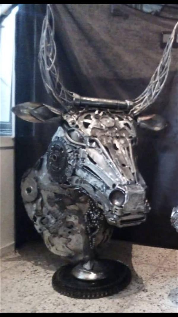 هنر سایر محفل سایر هنر ها مجید ایروانی ضایعاته فلز *1400*سردیسه گاو*مجید ایروانی*