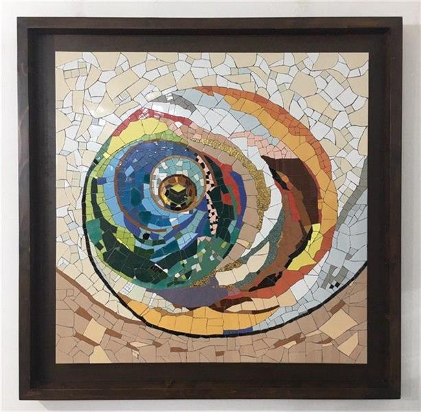 هنر سایر محفل سایر هنر ها محمدامین بدیعی تابلو چرخش ( با الهام از چرخش انسانها به دور کعبه ) ساخته شده با تکنیک معرق کاشی اندازه کار 104 سانتیمتر در 104 سانتیمتر