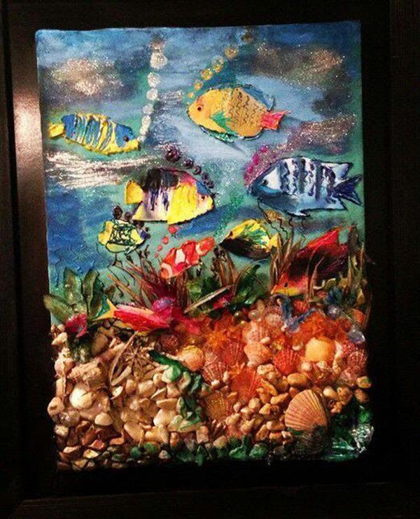 هنر سایر محفل سایر هنر ها ندا گودرز تابلو کلاژ اقیانوس با ترکیبی از صدف و سنگ های طبیعی و رنگ و فوم و خمیر در ابعاد 60 در 100 سانتیمتر