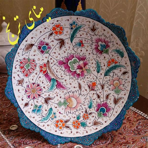 هنر سایر محفل سایر هنر ها ز-سادات-میرصانع بشقاب میناکاری. سبک پرداز خطی. سایز بیست