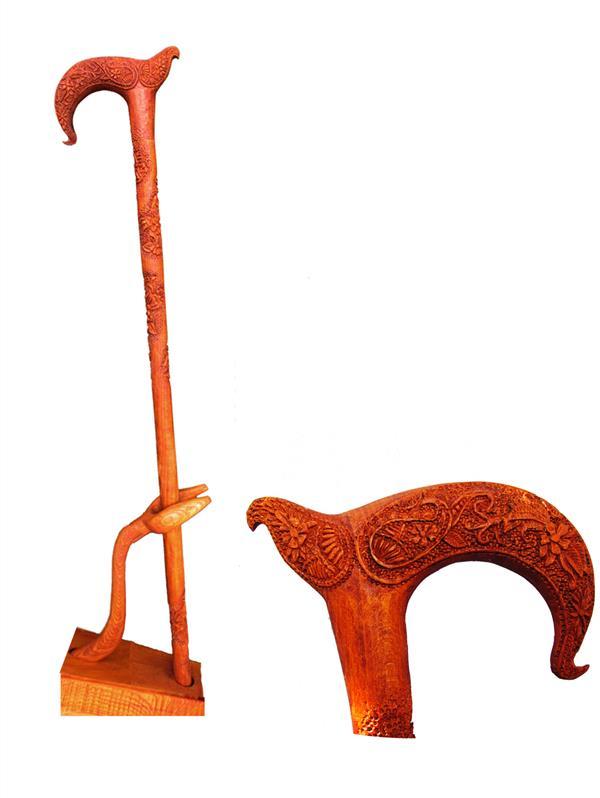 هنر سایر محفل سایر هنر ها faryotab عصای کاربردی تزیینی باپایه وجعبه مخصوص  متریال:چوب جنگلی راش ایرانی  هنر دست