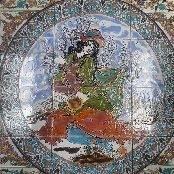 هنر سایر محفل سایر هنر ها آذر نگار مینیاتور باده بر باد.کاشی هفت رنگ.اندازه ۱متر در ۷۵.