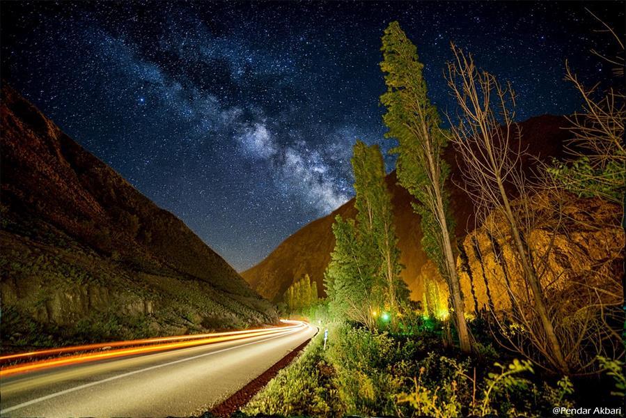 هنر عکاسی عکاسی در شب Pendar Akbari جاده بلده . نوردهی 25 ثانیه با ایزو 400 و دیافراگم 2.8  عکاسی با اسکای ترکر پولاری ویکسن فرم 1/2  نیکون دی 750 سامیانگ 14 میلی متر