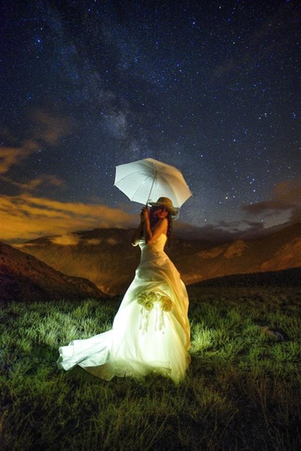 هنر عکاسی عکاسی در شب Pendar Akbari عکاسی نجومی عروس ارتفاعات خوشواش آمل مازندران نوردهی 30 ثانیه ایزو 400 دیافراگم 2.8 برای اولین بار در ایران . آلبوم نجومی عروس