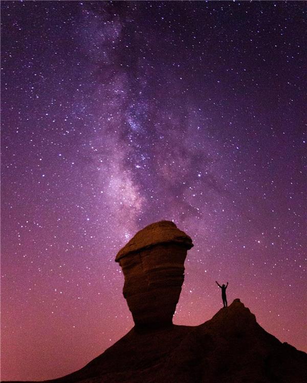 هنر عکاسی عکاسی در شب محمد احمدی کهکشان راه شیری و کلوت های زیبای شهرستان دشتی(استان بوشهر)