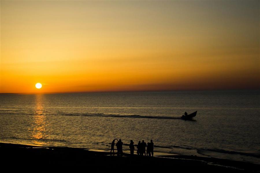 هنر عکاسی عکاسی در شب فاطمه فصیحی #دریا #غروب #ساحل #قایق